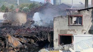 Franciaország: több mint 5000 tonna vegyi anyag égett el a roueni tűzben