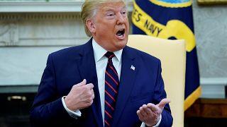 """Trump perd ses nerfs, disant aux démocrates d'arrêter leurs """"conneries""""!"""