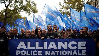 «تظاهرات خشم»؛ راهپیمایی افسران پلیس فرانسه در پاریس برای شرایط بهتر کاری