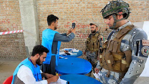 زمزمه مذاکره و اعلام زودهنگام پیروزی در انتخابات افغانستان؛ پشت پرده سیاست چه میگذرد؟