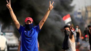 El descontento estalla en Irak: Al menos 12 muertos y toque de queda