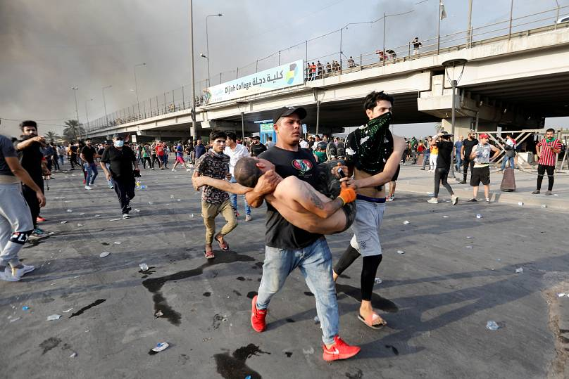 4 días de protestas por servicios en Irak deja 93 muertos