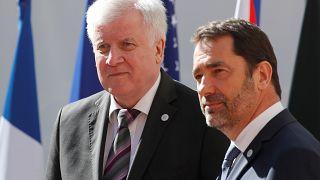Σε Άγκυρα και Αθήνα για το προσφυγικό Ζεεχόφερ, Καστανέρ και Αβραμόπουλος