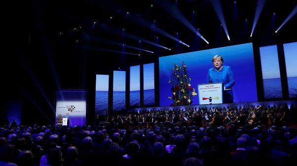 Merkel zum 3. Oktober: Einheit bis heute nicht vollendet