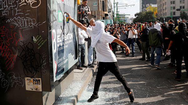 Disturbios en Ciudad de México en la conmemoración de la masacre de Tlatelolco