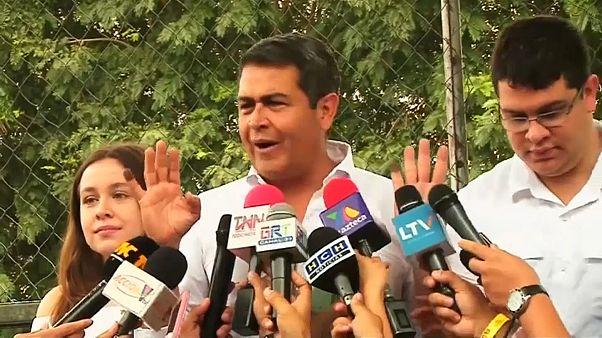El presidente de Honduras acusado de recibir dinero del 'Chapo'