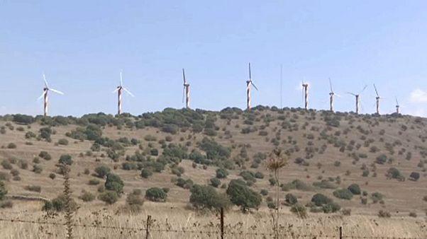 """""""مولّدات الرياح"""" تنتشر في مرتفعات الجولان المحتل"""