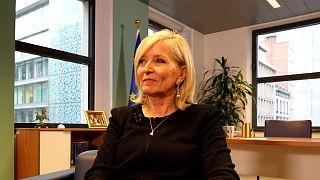 """""""Si te acercas al Parlamento Europeo no refleja la Europa que vemos en las calles"""", Emily O'Reilly"""