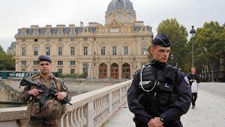 Fünf Tote bei Attacke in Pariser Polizeipräfektur