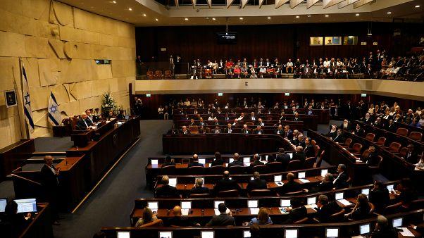 الكنيست الإسرائيلي يؤدي اليمين الدستورية في ظل تعثر مشاورات تشكيل حكومة جديدة