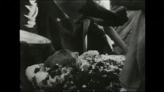 """Hindistan: Gandhi'nin küllerinin bir kısmı çalındı; mezarına """"hain"""" yazıldı"""