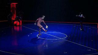 Quand Messi fait son numéro (de cirque)