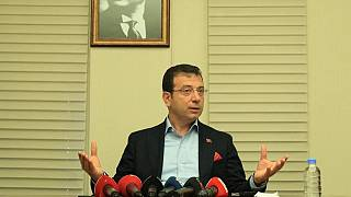 İstanbul Büyükşehir Belediye Başkanı Ekrem İmamoğlu, Florya Sosyal Tesisleri'nde düzenlediği basın toplantısında soruları yanıtladı. ( İBB  - Anadolu Ajansı )