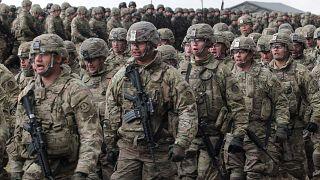 Amerikai katonák érkeznek a NATO keleti szárnya megerősítésének keretében Lengyelországba, 2017-ben
