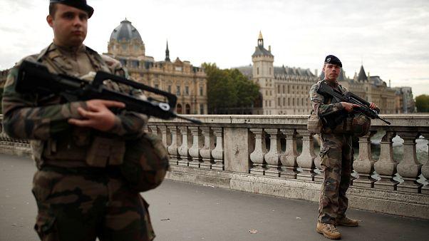 El ataque de París se investiga como acto terrorista