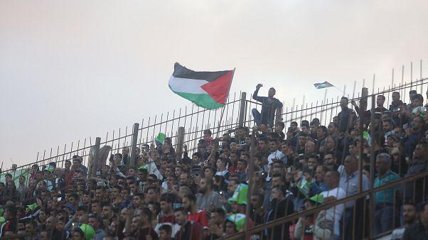 Filistin Milli Takımı taraftarları