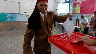 إغلاق مراكز الاقتراع في الانتخابات التشريعية في تونس