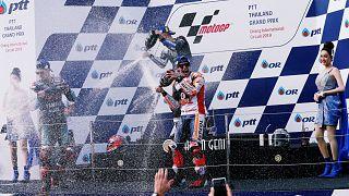 Marc Marquez feiert nicht nur seinen Sieg beim GP von Thailand sondern auch den Weltmeistertitel