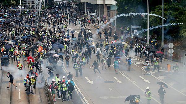 Polícia antimotim tentou dispersar protestos com recurso a gás lacrimogéneo