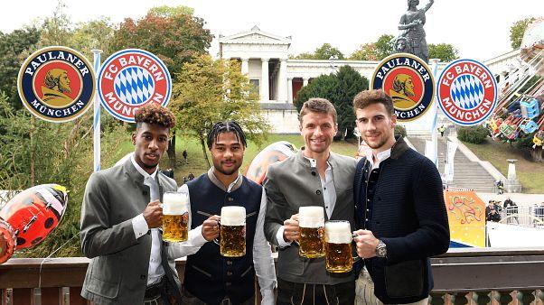 Nach erster Saisonniederlage des FC Bayern: Wiesn-Besuch gegen Katerstimmung