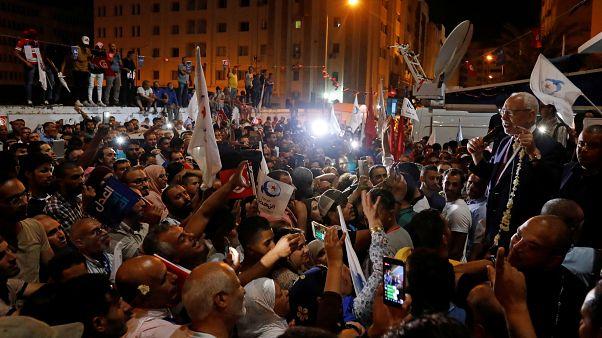 """حزبا """"النهضة"""" الإسلامي و""""قلب تونس"""" يعلنان تصدرهما في الانتخابات التشريعية"""