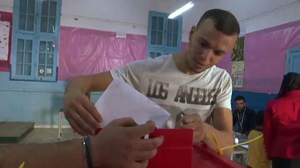 Két párt is bejelentette, hogy győzött a tunéziai parlamenti választáson