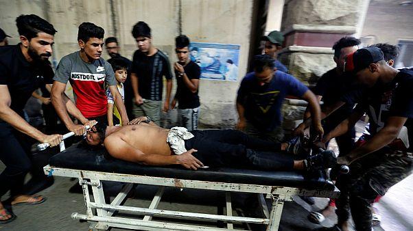 متظاهر عراقي مصاب- أرشيف رويترز