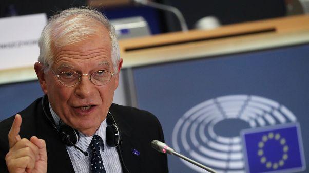 Josep Borrell se prepara para su audiencia ante los europarlamentarios