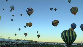 Dozens of hot air balloons take part in annual US festival