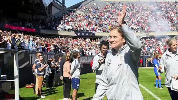 Jill Ellis despede-se da seleção norte-americana