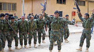 مقاتلون تحت قيادة القوات الديمقراطية السورية- أرشيف رويترز