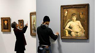 Preparativos da retroespetiva Toulouse-Lautrec no Grand Palais de Paris