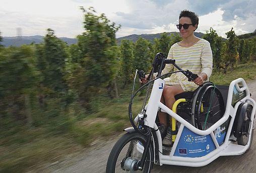 """""""Bénur"""", il triciclo elettrico amico delle persone con disabilità"""