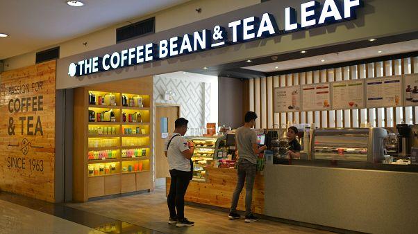 Araştırma: Günde 3 bardaktan fazla çay veya kahve migren ağrılarını tetikleyebilir