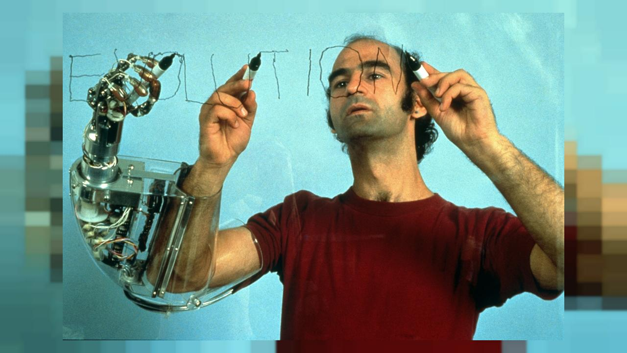 Θεσσαλονίκη: Αρχίζει η 7η Μπιενάλε Σύγχρονης Τέχνης με τιμώμενο πρόσωπο τον Stelarc