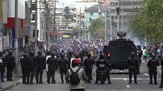 Las protestas llegan a Quito y obligan al traslado del presidente
