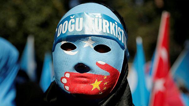 آمریکا ۲۸ شرکت چینی را در ارتباط با نقض حقوق مسلمانان اویغور تحریم کرد