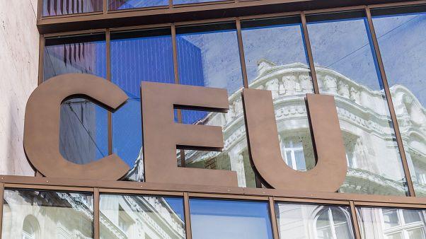 Máris belakták a CEU új, bécsi épületét a diákok