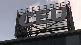 Budapest és Bécs között ingáznak a CEU tanárai
