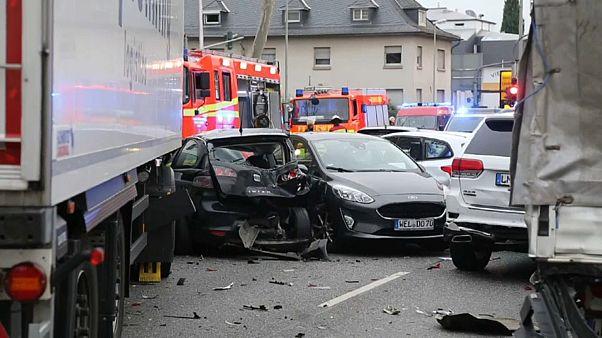 Karambolage mit LKW in Limburg - Syrer (32) vor Untersuchungsrichter