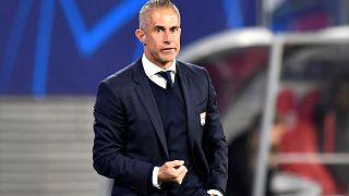 Elküldték az Olympique Lyon edzőjét