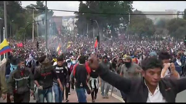 Miles de indígenas toman Quito en víspera de gran protesta contra Gobierno de Lenín Moreno