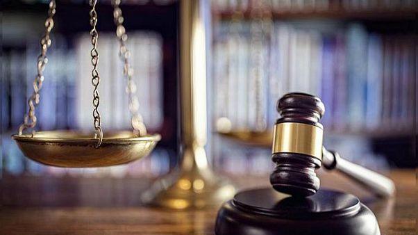 ABD'de kızlarının sınav puanını yükseltmek için rüşvet veren çifte hapis cezası