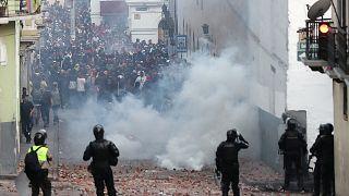 المحتجون نزلوا إلى الشارع تعبيراً عن رفضهم للسياسات الاقتصادية التقشفية