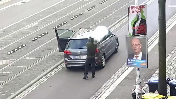 Come a Christchurch, l'attentatore di Halle è un estremista che ha filmato il suo attacco