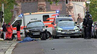 Almanya'da sinagog önünde 2 kişiyi öldüren saldırgan 'Yahudi karşıtı bir Neonazi'