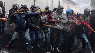¿Por qué las calles de Ecuador se han transformado en una batalla campal?