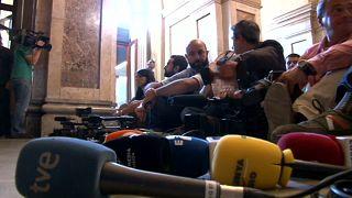 Una sentada en el Parlament contra las agresiones a periodistas en Cataluña