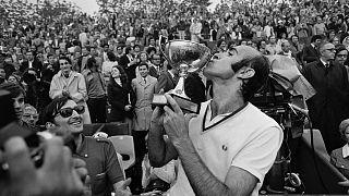 Muere Andrés Gimeno, mito del tenis español