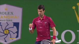 Novak Djokovic se aferra al número uno